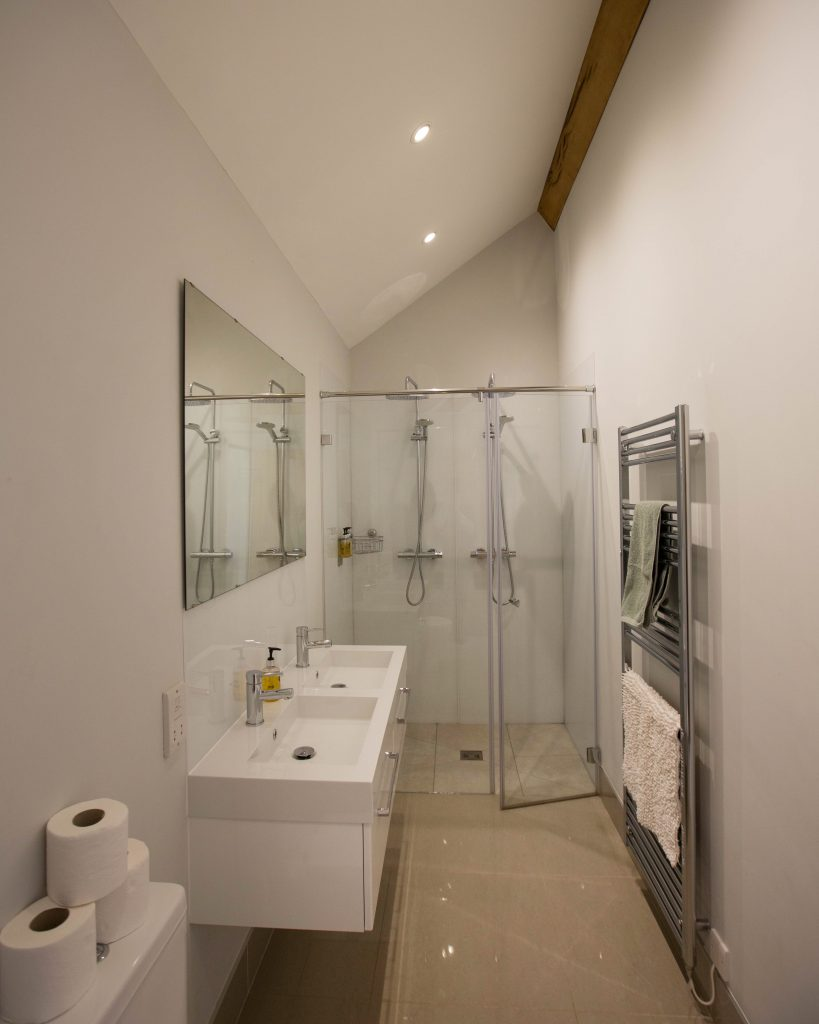 The Granary Accommodation Bathroom