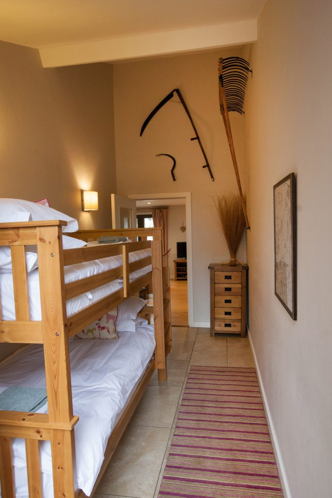 The Stables Accommodation Twin Bedroom